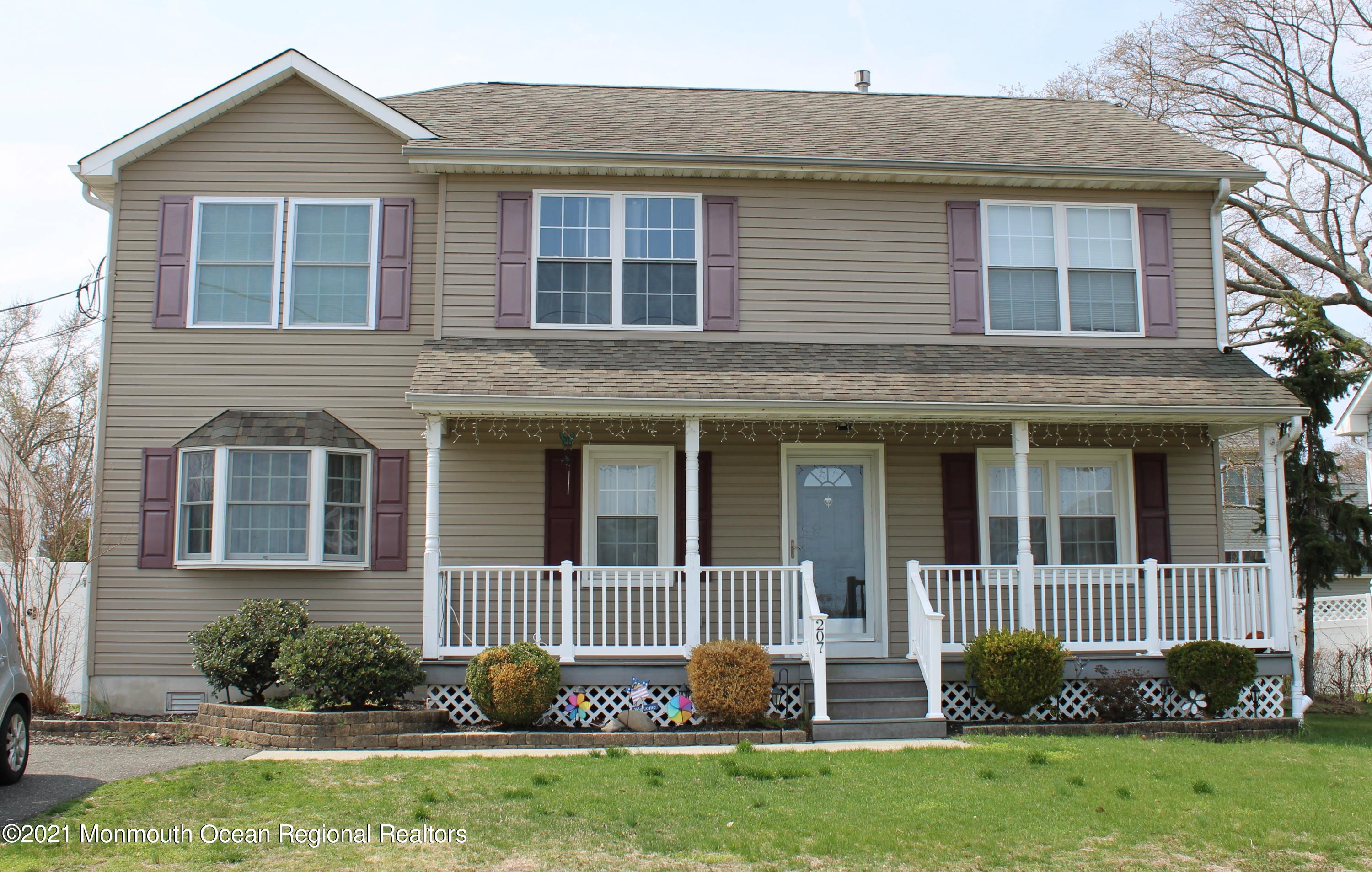 207 Ash Street, Union Beach, New Jersey 07735, 4 Bedrooms Bedrooms, ,3 BathroomsBathrooms,Single Family,For Sale,207 Ash Street,2,22110672