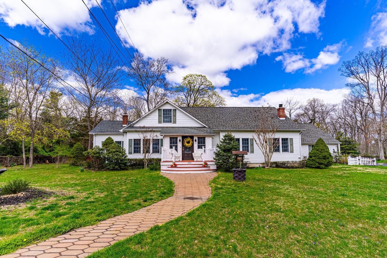 1572 Silverton Road, Toms River, New Jersey 08755, 4 Bedrooms Bedrooms, ,4 BathroomsBathrooms,Single Family,For Sale,1572 Silverton Road,2,22111131