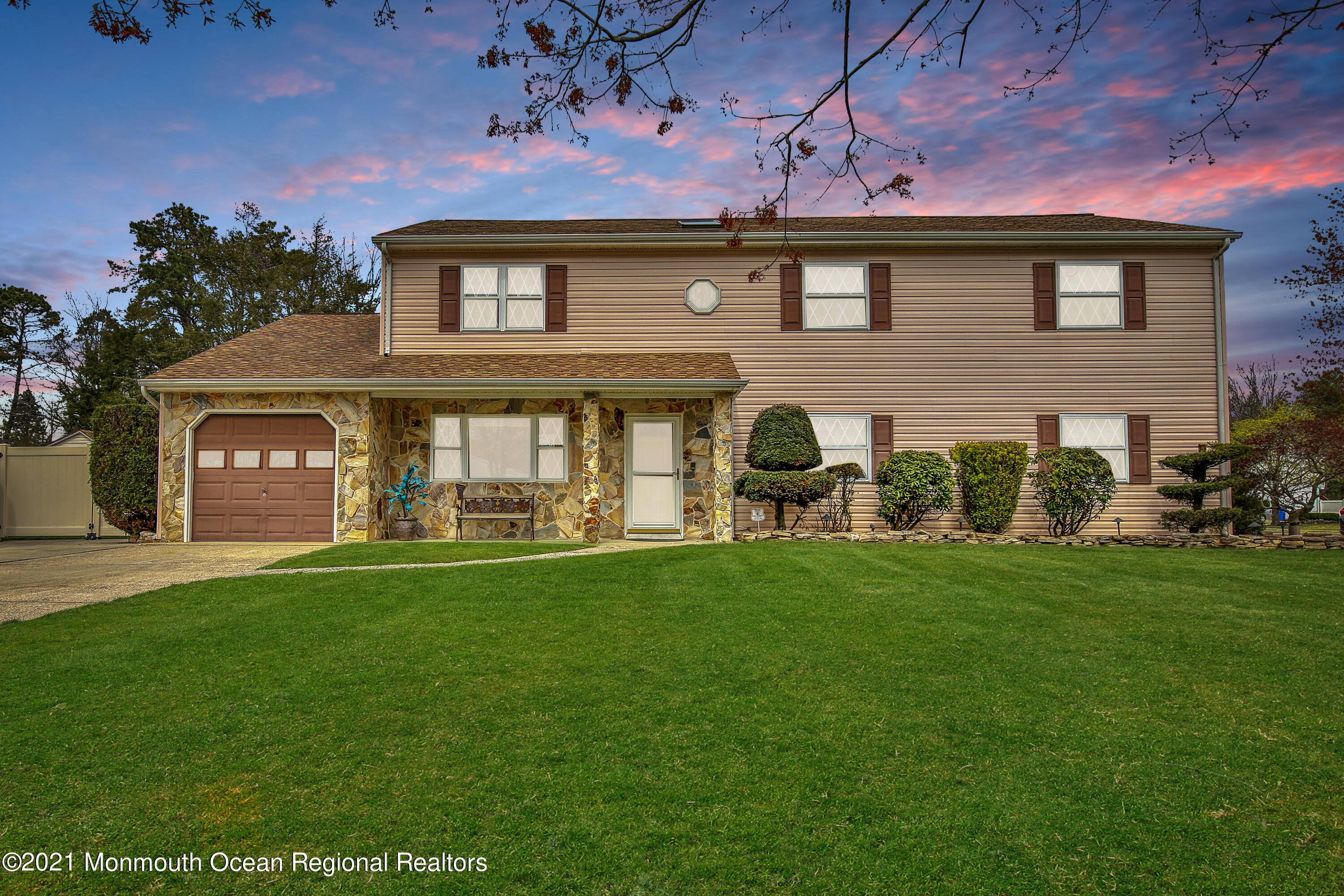 1096 Verdant Road, Toms River, New Jersey 08753, 5 Bedrooms Bedrooms, ,3 BathroomsBathrooms,Single Family,For Sale,1096 Verdant Road,2,22111338