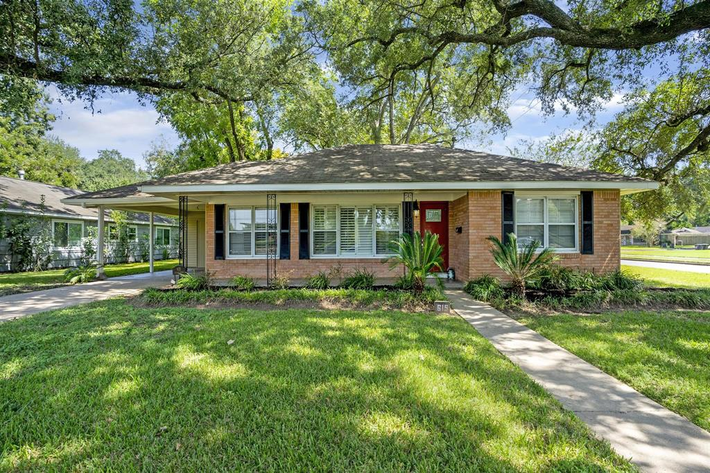 615 Brooks Street, Sugar Land, Texas 77478, 3 Bedrooms Bedrooms, ,2 BathroomsBathrooms,Residential,For Sale,615 Brooks Street,86973777