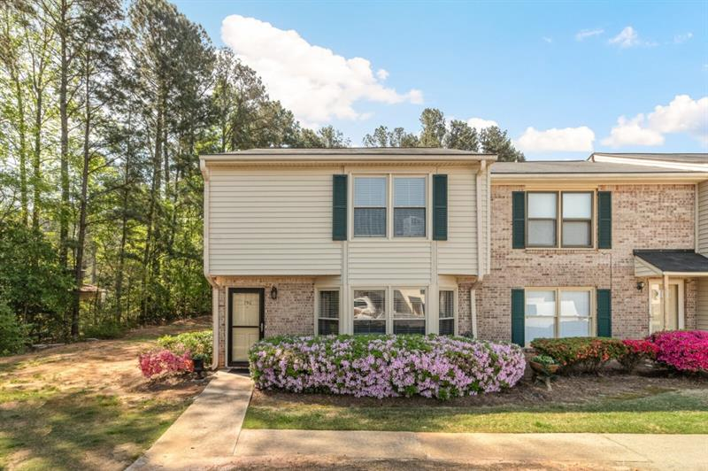 750 Longleaf Drive, Lawrenceville, Georgia 30046, 3 Bedrooms Bedrooms, ,3 BathroomsBathrooms,Condominium,For Sale,750 Longleaf Drive,2,6870190