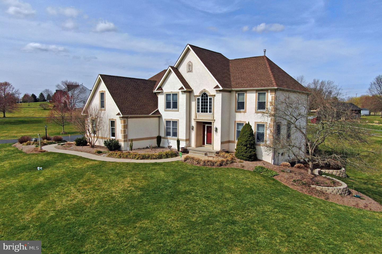 809 ARROWHEAD LN, HARLEYSVILLE, Pennsylvania 19438, 4 Bedrooms Bedrooms, ,3 BathroomsBathrooms,Single Family,For Sale,809 ARROWHEAD LN,PAMC689878