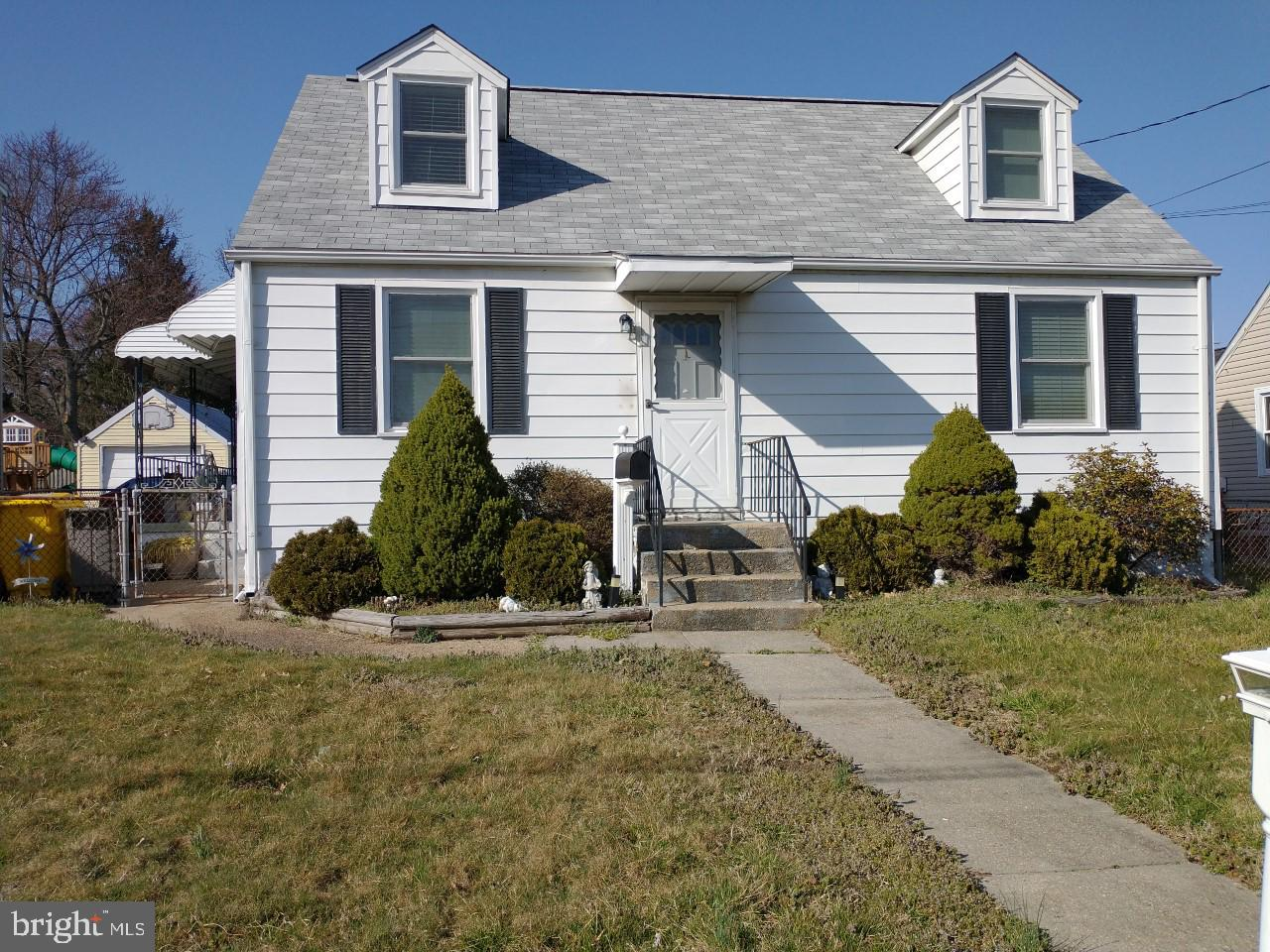 302 MILTON AVE, GLEN BURNIE, Maryland 21061, 4 Bedrooms Bedrooms, ,1 BathroomBathrooms,Single Family,For Sale,302 MILTON AVE,MDAA463104