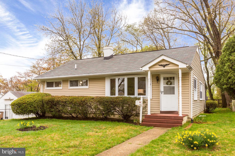 1113 ALLISON DR, ROCKVILLE, Maryland 20851, 3 Bedrooms Bedrooms, ,1 BathroomBathrooms,Single Family,For Sale,1113 ALLISON DR,MDMC745996