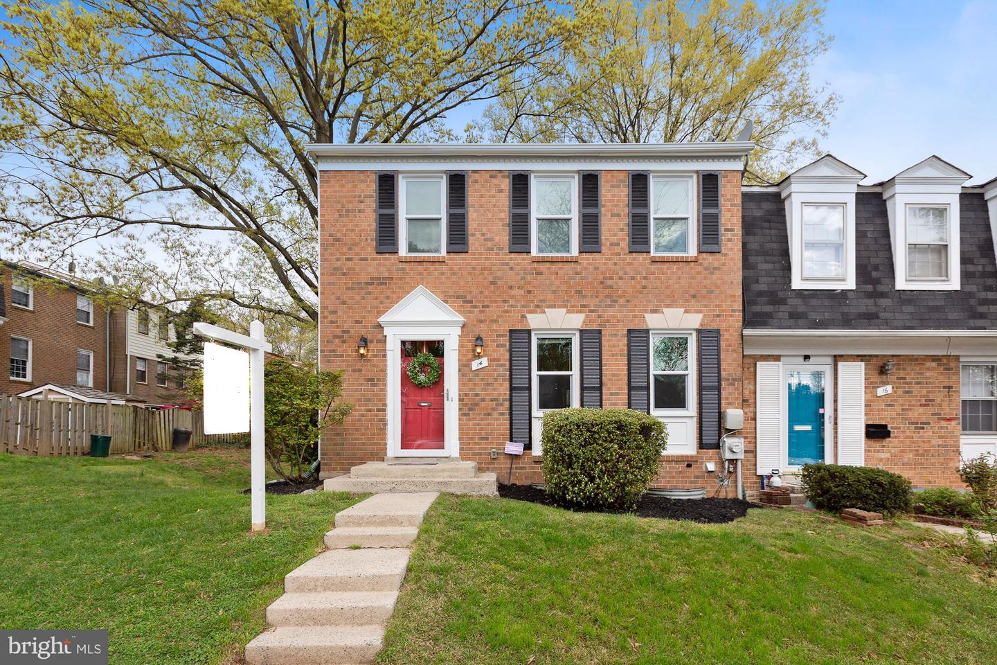 14 RAMSDELL CT, GAITHERSBURG, Maryland 20878, 3 Bedrooms Bedrooms, ,4 BathroomsBathrooms,Townhouse,For Sale,14 RAMSDELL CT,MDMC750226
