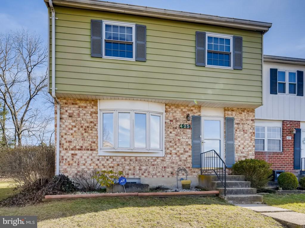 425 INGRAM CT, GLEN BURNIE, Maryland 21061, 4 Bedrooms Bedrooms, ,3 BathroomsBathrooms,Common Interest,For Sale,425 INGRAM CT,MDAA462046