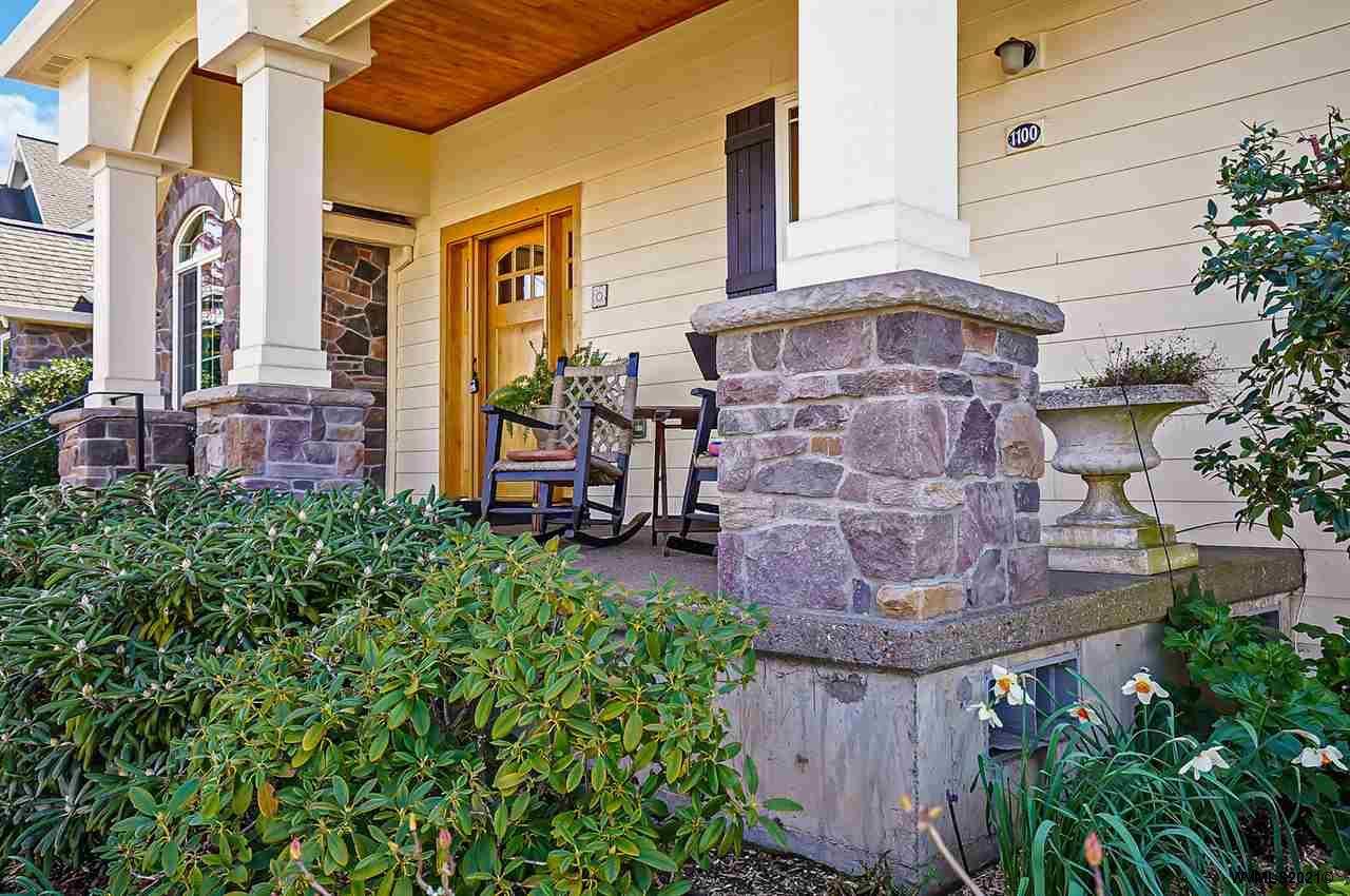 1100 Skookum Dr, Silverton, Oregon 97381-2033, 3 Bedrooms Bedrooms, ,4 BathroomsBathrooms,Single Family,For Sale,1100 Skookum Dr,1,775943