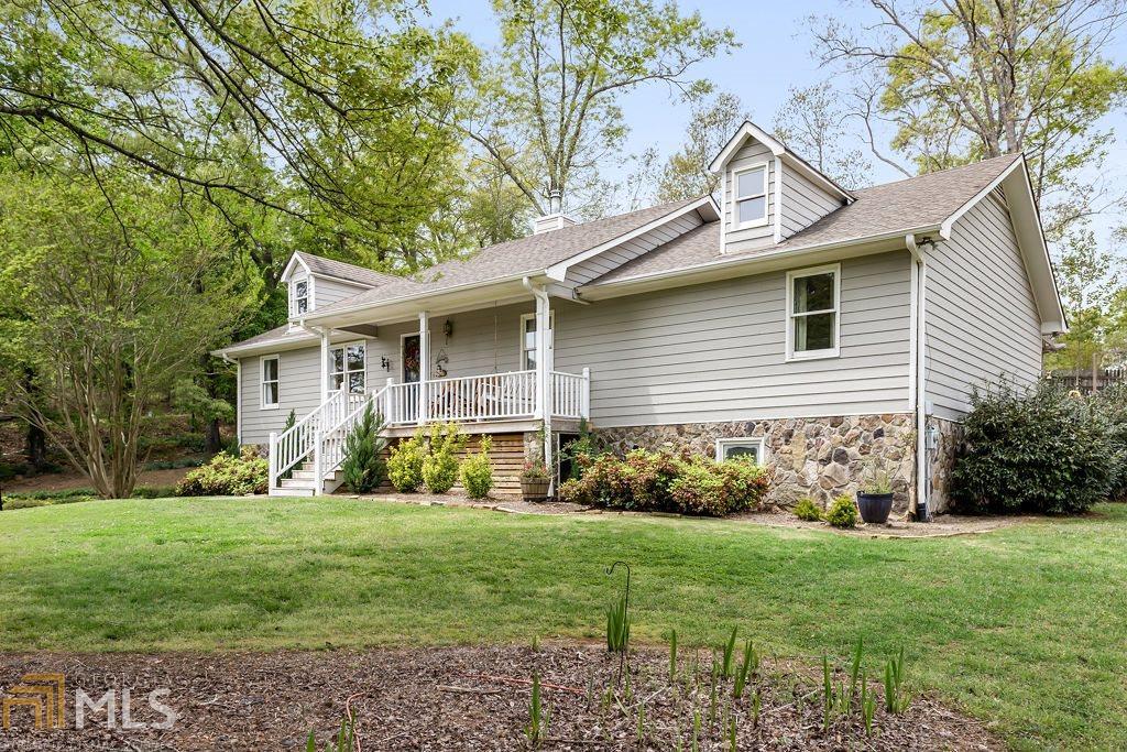 3900 Ledan Rd, Gainesville, Georgia 30506, 5 Bedrooms Bedrooms, ,3 BathroomsBathrooms,Single Family,For Sale,3900 Ledan Rd,2,8961803