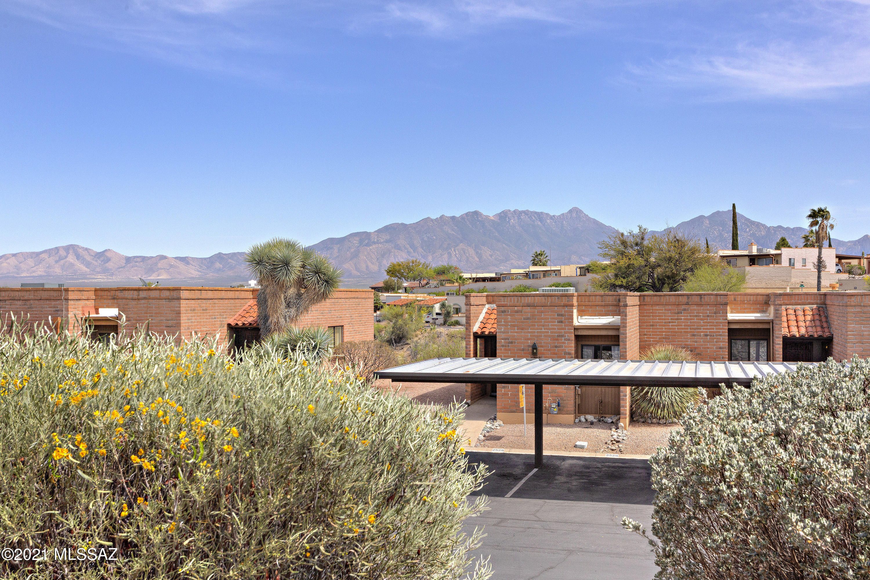 2505 S Calle Del Dante, Green Valley, Arizona 85622, 1 Bedroom Bedrooms, ,1 BathroomBathrooms,Townhouse,For Sale,2505 S Calle Del Dante,22109647