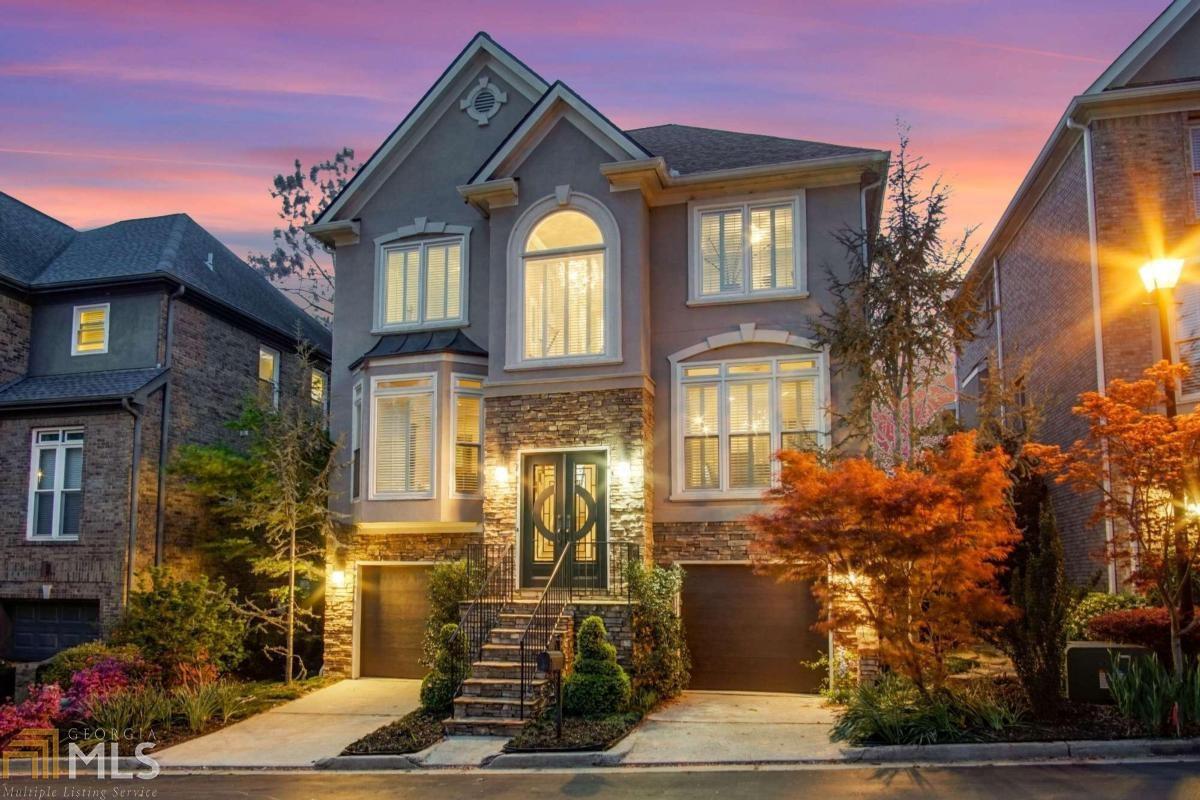 17 Highland Park Ln, Atlanta, Georgia 30306, 4 Bedrooms Bedrooms, ,4 BathroomsBathrooms,Single Family,For Sale,17 Highland Park Ln,8958674