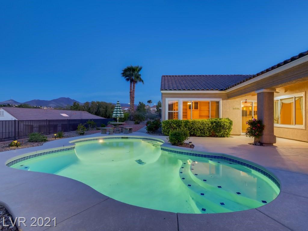 2012 Colvin Run Drive, Henderson, Nevada 89052, 3 Bedrooms Bedrooms, ,3 BathroomsBathrooms,Single Family,For Sale,2012 Colvin Run Drive,1,2286796