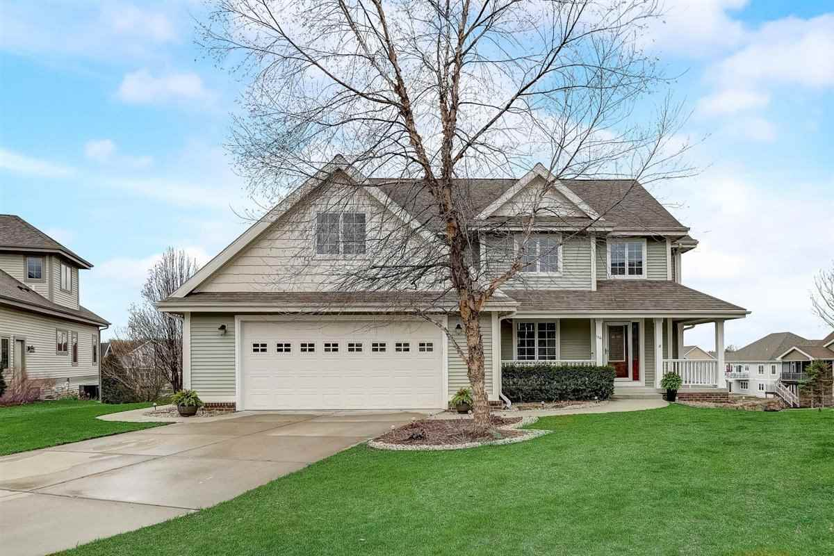 1301 Reed Ct, Waunakee, Wisconsin 53597, 4 Bedrooms Bedrooms, ,3 BathroomsBathrooms,Single Family,For Sale,1301 Reed Ct,2,1906575