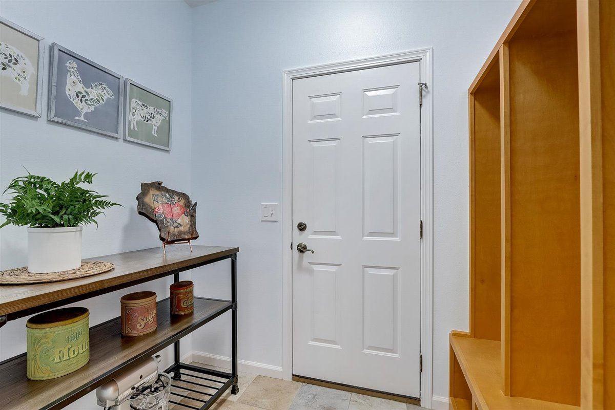 1603 Brookside Ln, Waunakee, Wisconsin 53597, 3 Bedrooms Bedrooms, ,4 BathroomsBathrooms,Single Family,For Sale,1603 Brookside Ln,2,1906659