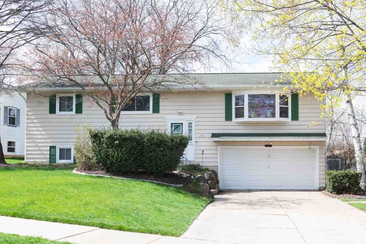 2726 Warner St, MADISON, Wisconsin 53713, 3 Bedrooms Bedrooms, ,2 BathroomsBathrooms,Single Family,For Sale,2726 Warner St,2,1906204