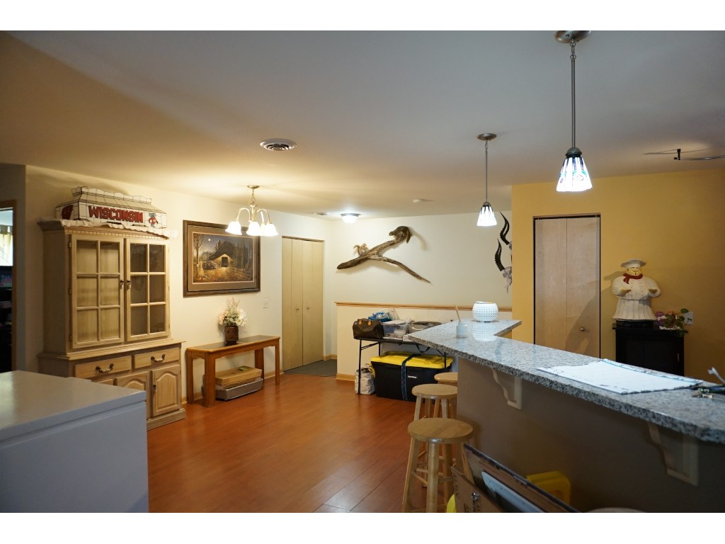 5106 Walbridge Ave, MADISON, Wisconsin 53714, 3 Bedrooms Bedrooms, ,2 BathroomsBathrooms,Condominium,For Sale,5106 Walbridge Ave,1906749