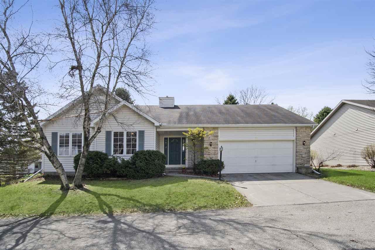 726 Sky Ridge Dr, MADISON, Wisconsin 53719, 3 Bedrooms Bedrooms, ,3 BathroomsBathrooms,Single Family,For Sale,726 Sky Ridge Dr,1,1906312