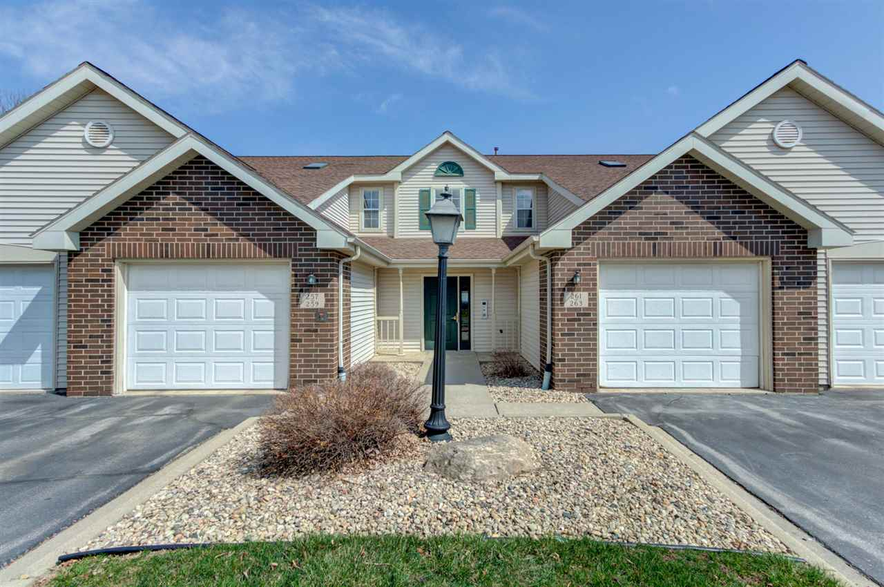263 Kearney Way, Waunakee, Wisconsin 53597, 2 Bedrooms Bedrooms, ,2 BathroomsBathrooms,Condominium,For Sale,263 Kearney Way,1906131
