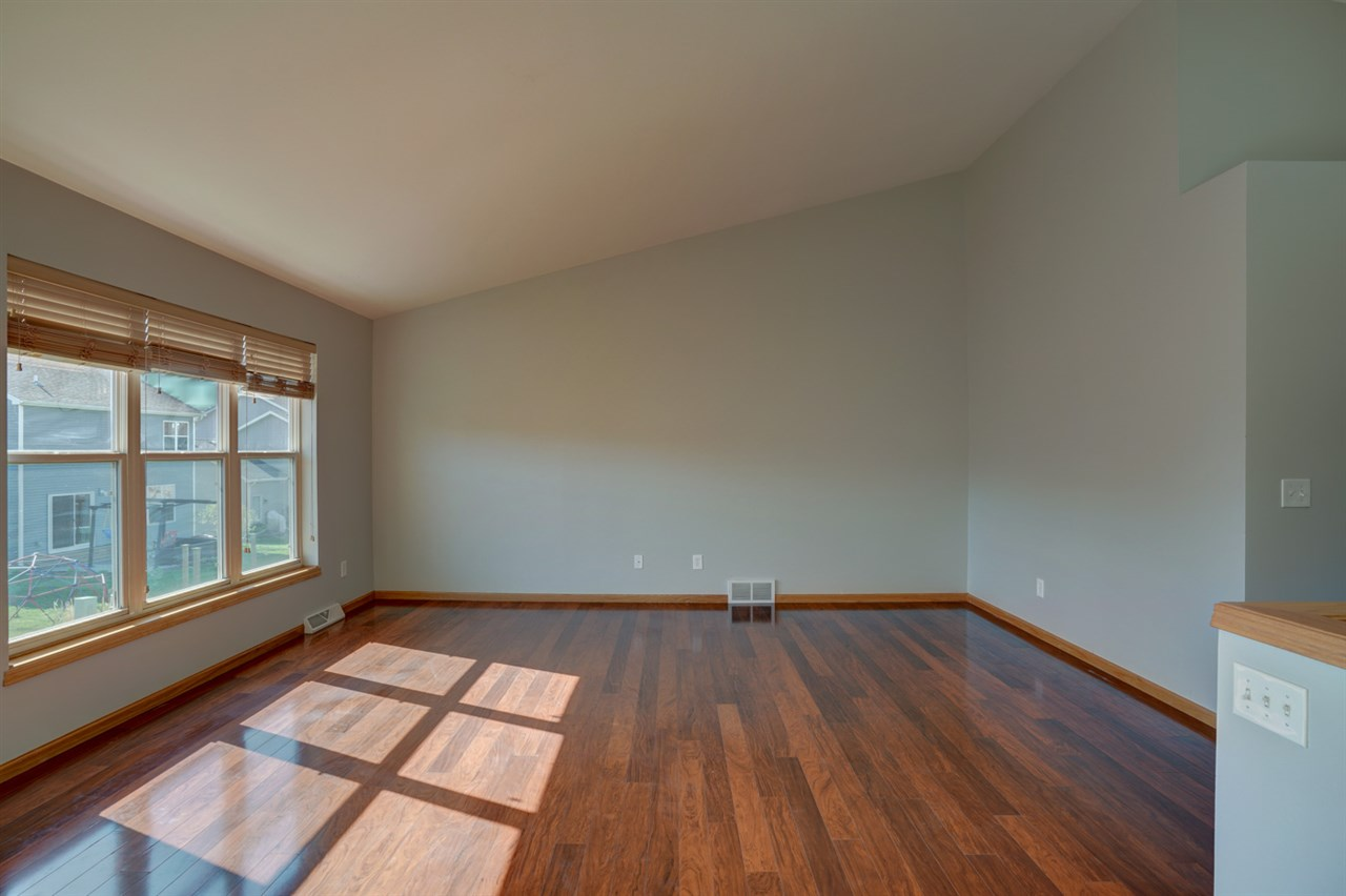 525 Orion Tr, MADISON, Wisconsin 53718, 4 Bedrooms Bedrooms, ,3 BathroomsBathrooms,Single Family,For Sale,525 Orion Tr,1,1906378
