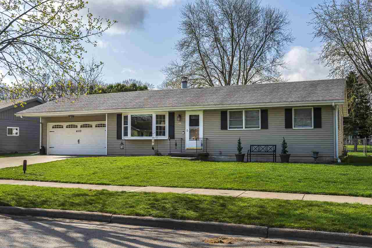 4533 Easley Ln, MADISON, Wisconsin 53714-1926, 3 Bedrooms Bedrooms, ,2 BathroomsBathrooms,Single Family,For Sale,4533 Easley Ln,1,1905895