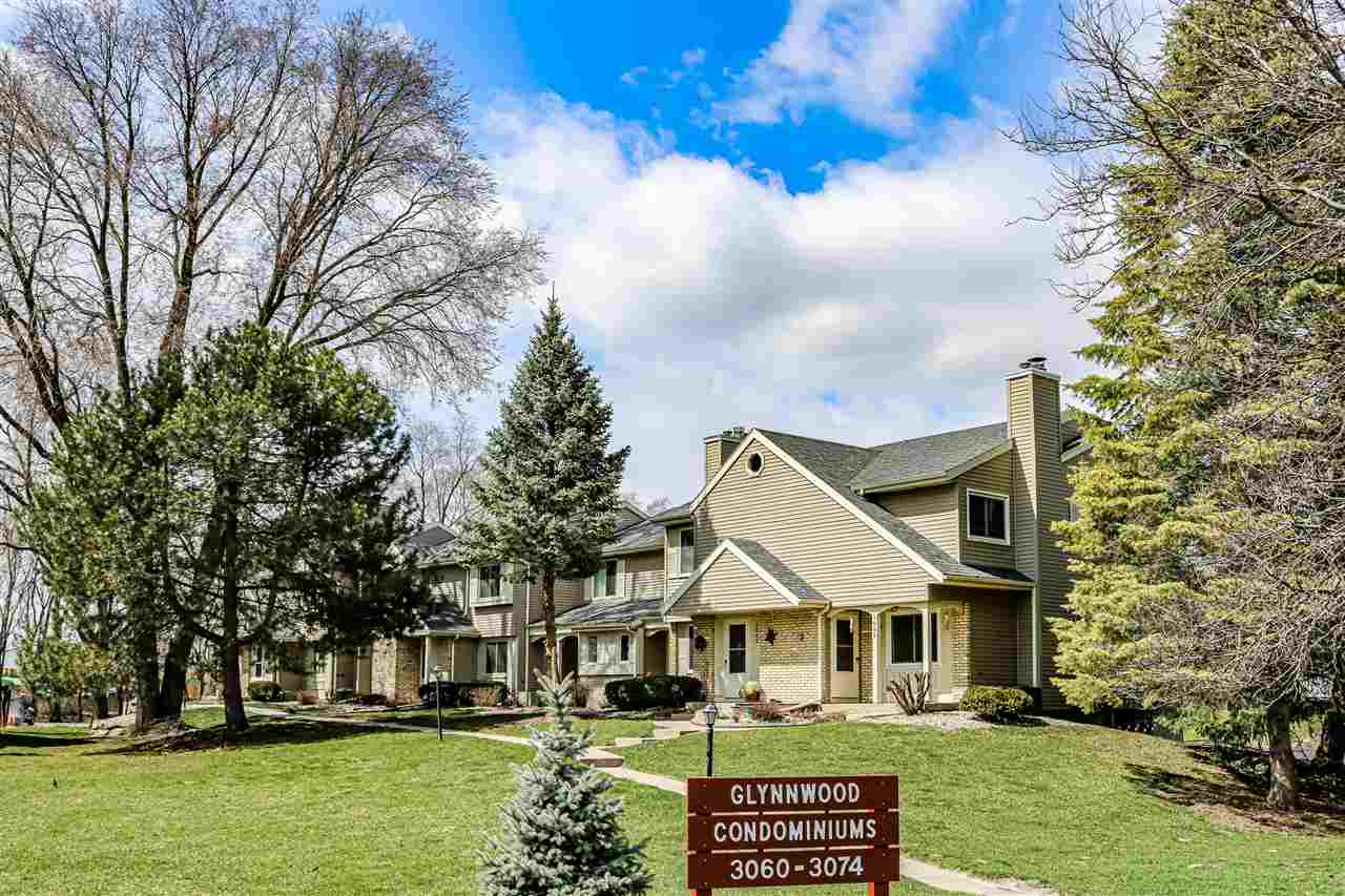 3066 Patty Ln, Middleton, Wisconsin 53562, 2 Bedrooms Bedrooms, ,2 BathroomsBathrooms,Townhouse,For Sale,3066 Patty Ln,1904906