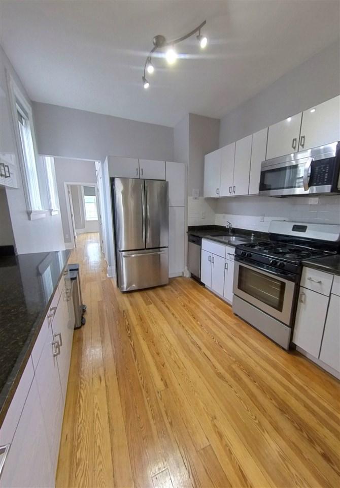 1302 PARK AVE, Hoboken, New Jersey 07030, 2 Bedrooms Bedrooms, ,1 BathroomBathrooms,Condominium,For Sale,1302 PARK AVE,210009287