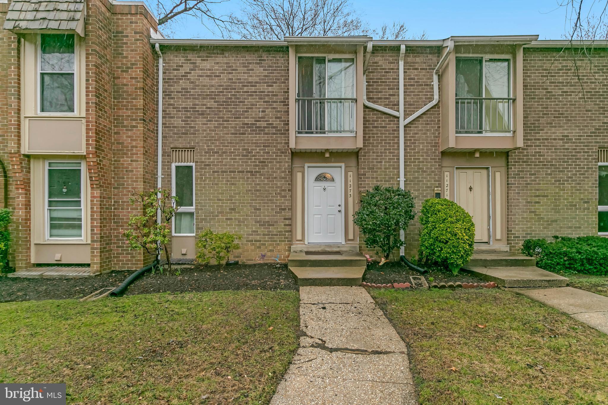 11273 COLUMBIA PIKE, SILVER SPRING, Maryland 20901, 3 Bedrooms Bedrooms, ,3 BathroomsBathrooms,Condominium,For Sale,11273 COLUMBIA PIKE,MDMC749790
