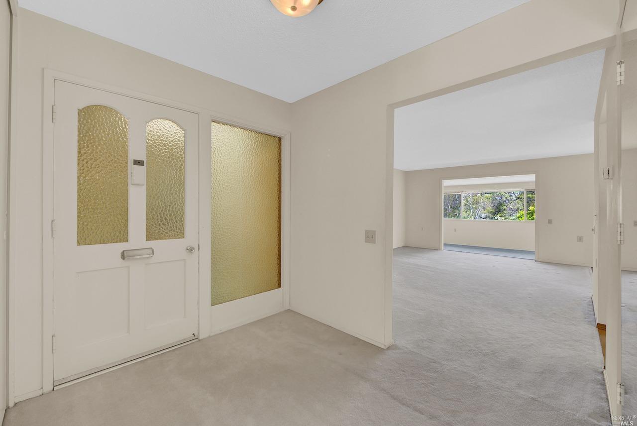 2200 Tice Creek Drive, Walnut Creek, California 94595, 2 Bedrooms Bedrooms, ,1 BathroomBathrooms,Condominium,For Sale,2200 Tice Creek Drive,1,321018200
