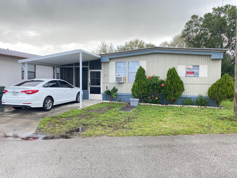 77 Bonisse Circle, LAKELAND, Florida 33801, 3 Bedrooms Bedrooms, ,2 BathroomsBathrooms,Residential,For Sale,77 Bonisse Circle,10971209