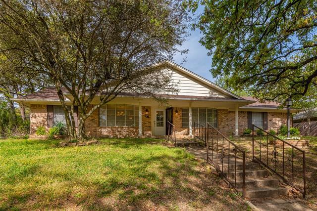 603 Queens, Denison, Texas 75020, 3 Bedrooms Bedrooms, ,2 BathroomsBathrooms,Single Family,For Sale,603 Queens,1,14554695