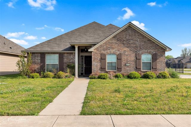 3784 Pickering Pass Drive, Bossier City, Louisiana 71111, 3 Bedrooms Bedrooms, ,2 BathroomsBathrooms,Single Family,For Sale,3784 Pickering Pass Drive,1,14553196