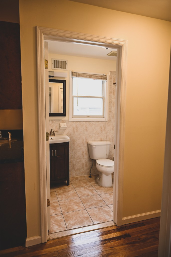 204 Orient St, Bayonne, New Jersey 07002, 3 Bedrooms Bedrooms, ,2 BathroomsBathrooms,Apartment,For Sale,204 Orient St,2,3706011