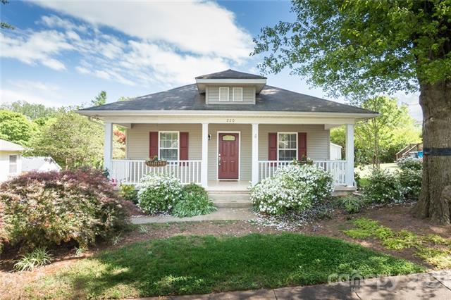 220 Sixth Street, Belmont, North Carolina 28012, 2 Bedrooms Bedrooms, ,2 BathroomsBathrooms,Single Family,For Sale,220 Sixth Street,1,3727971