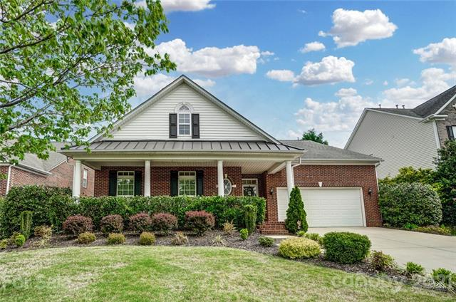 1025 Butterburr Drive, Matthews, North Carolina 28104-6228, 3 Bedrooms Bedrooms, ,2 BathroomsBathrooms,Single Family,For Sale,1025 Butterburr Drive,1,3731237