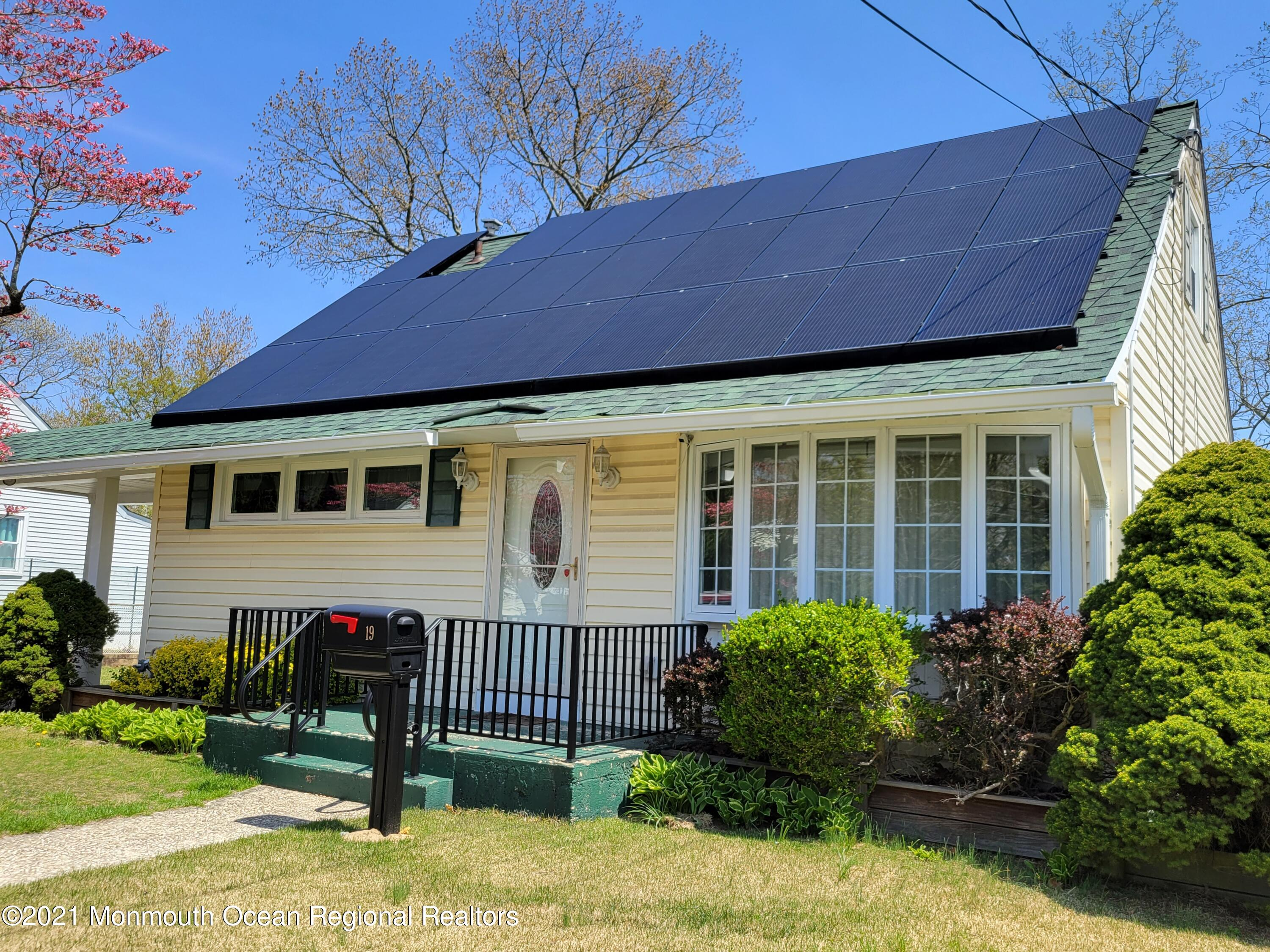 19 Harding Drive, Brick, New Jersey 08724, 4 Bedrooms Bedrooms, ,1 BathroomBathrooms,Single Family,For Sale,19 Harding Drive,1,22112453