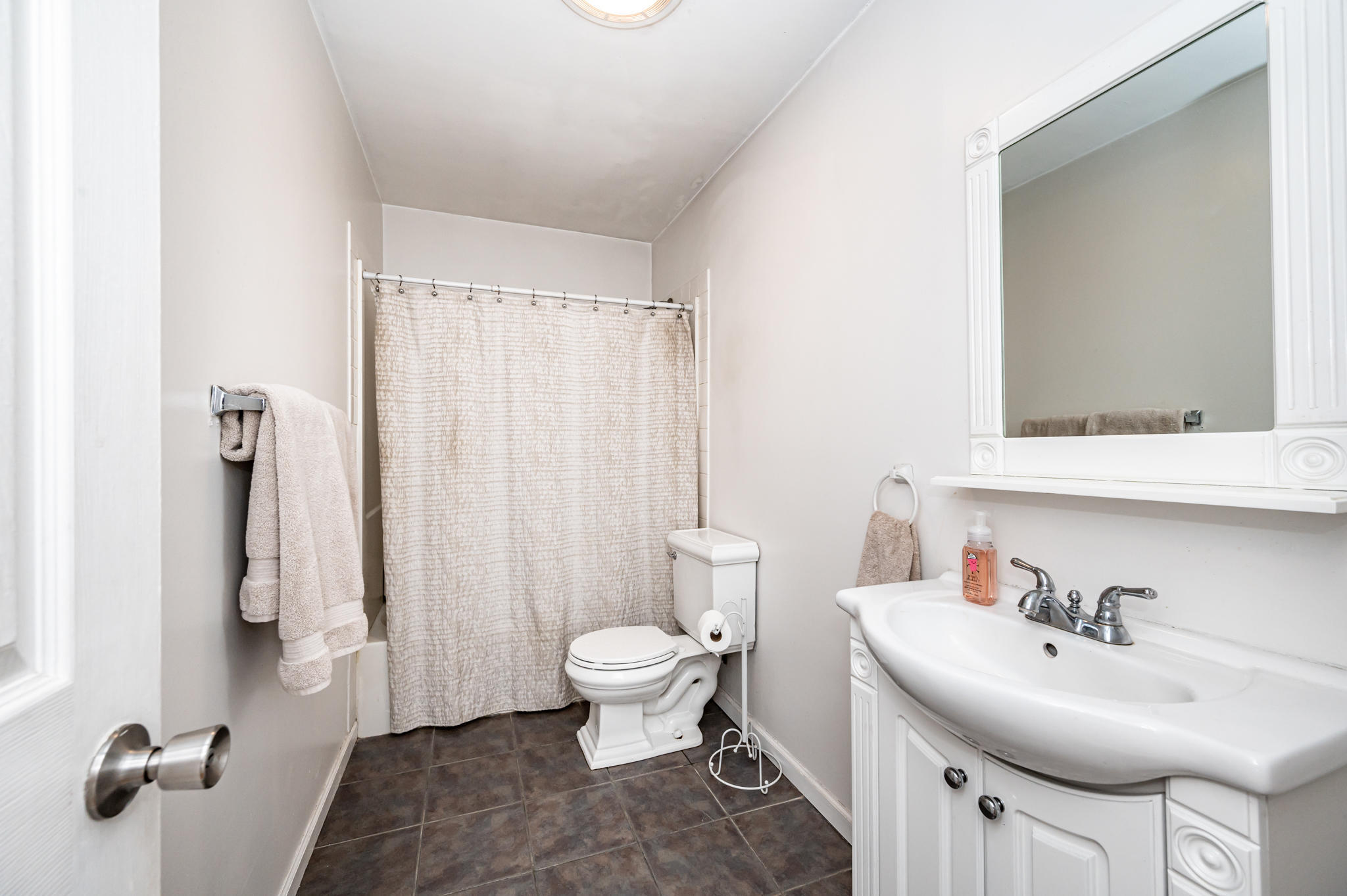 1100 Ruby Drive, Toms River, New Jersey 08753, 3 Bedrooms Bedrooms, ,2 BathroomsBathrooms,Single Family,For Sale,1100 Ruby Drive,2,22112319