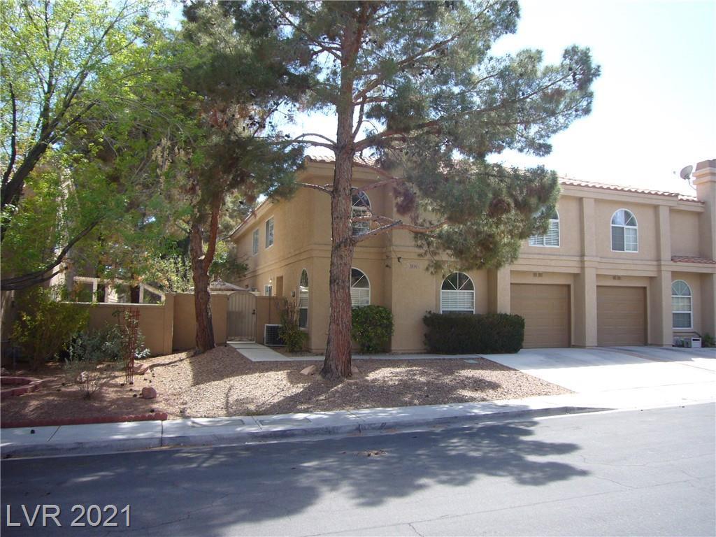 2839 Crystal Lantern Drive, Henderson - Green Valley, Nevada 89074, 3 Bedrooms Bedrooms, ,3 BathroomsBathrooms,Townhouse,For Sale,2839 Crystal Lantern Drive,2289605
