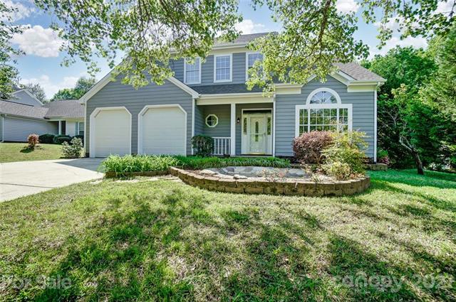 9113 Clifton Meadow Drive, Matthews, North Carolina 28105, 3 Bedrooms Bedrooms, ,3 BathroomsBathrooms,Single Family,For Sale,9113 Clifton Meadow Drive,3717817