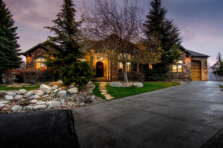 14617 Woods Landing Court, Draper, Utah 84020, 5 Bedrooms Bedrooms, ,5 BathroomsBathrooms,Residential,For Sale,14617 Woods Landing Court,12101584