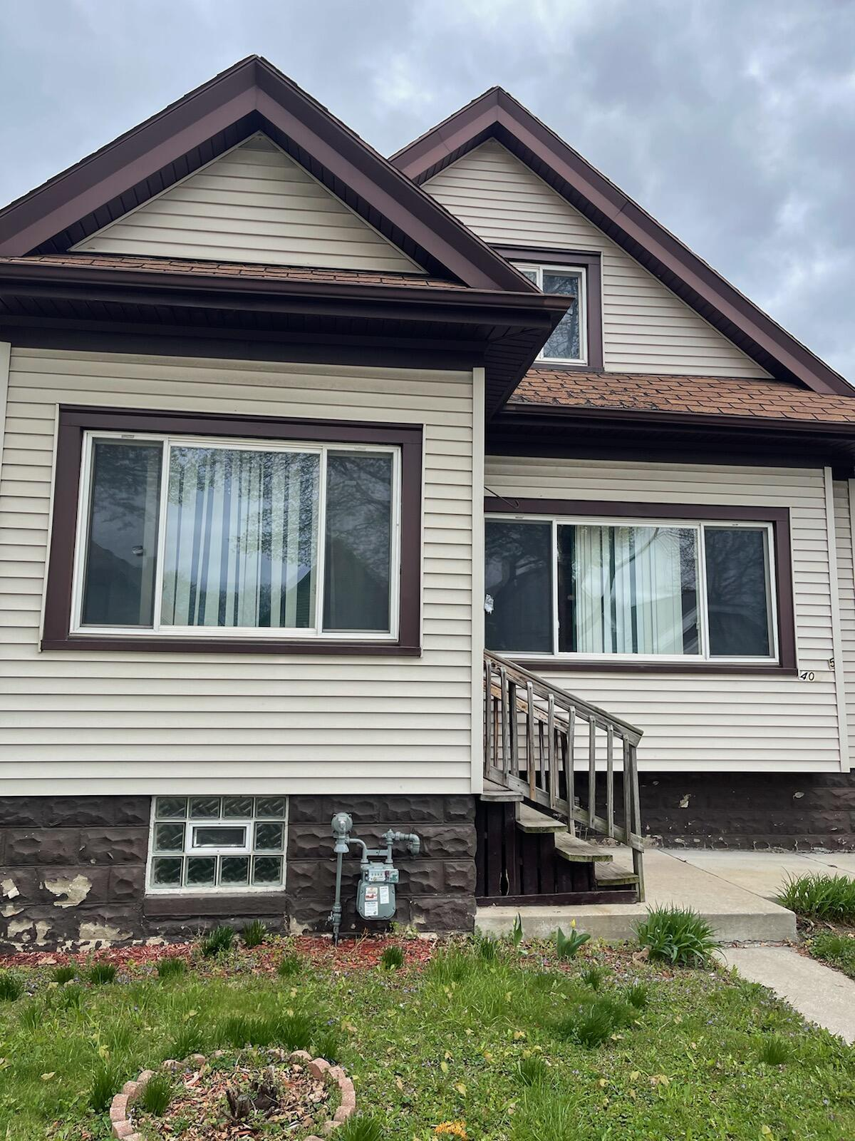 4052 N 18th St, Milwaukee, Wisconsin 53209, 3 Bedrooms Bedrooms, ,2 BathroomsBathrooms,Single Family,For Sale,4052 N 18th St,1.5,1736314