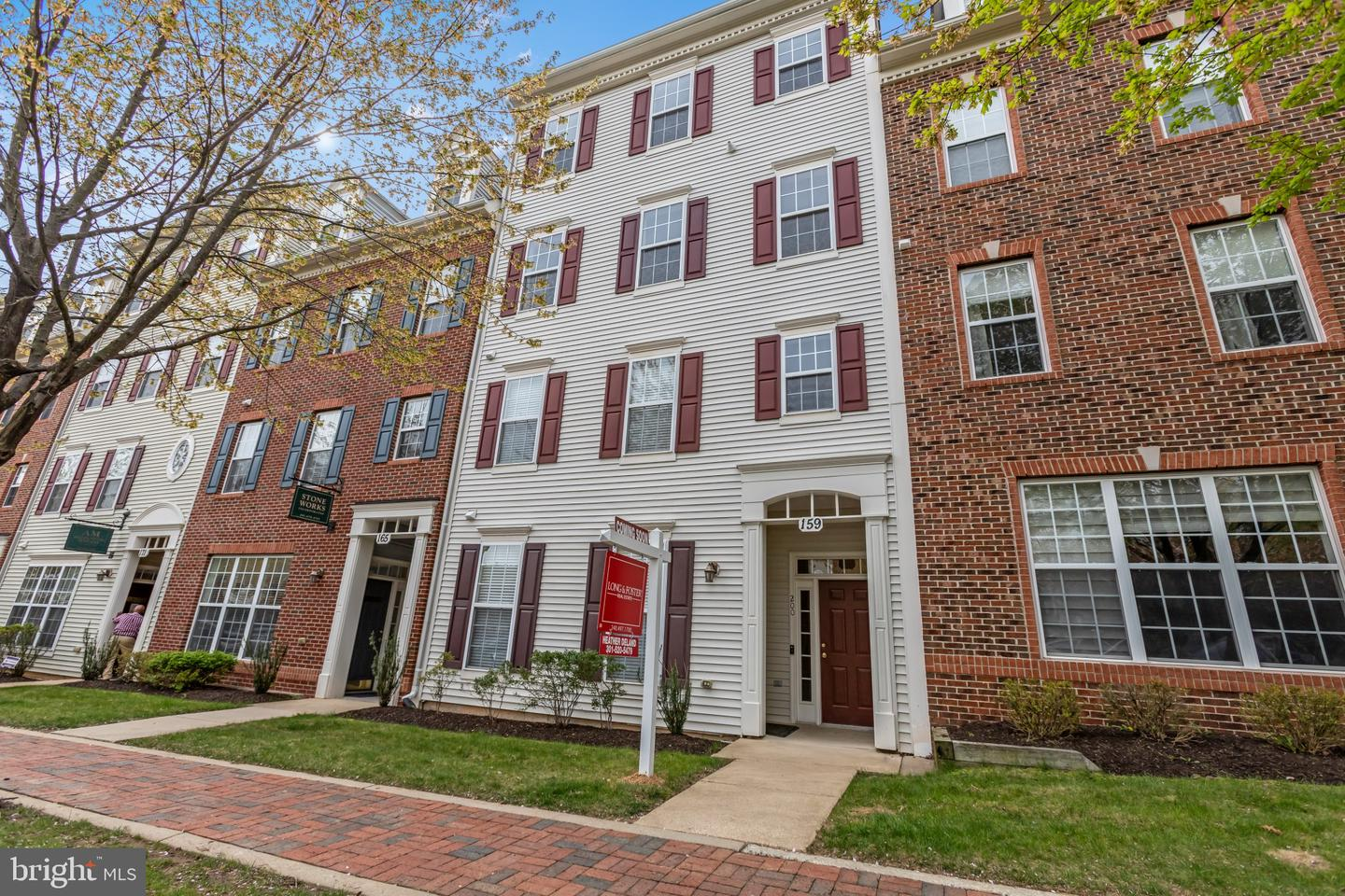 159 MILL GREEN AVE #200, GAITHERSBURG, Maryland 20878, 3 Bedrooms Bedrooms, ,3 BathroomsBathrooms,Common Interest,For Sale,159 MILL GREEN AVE #200,MDMC753954