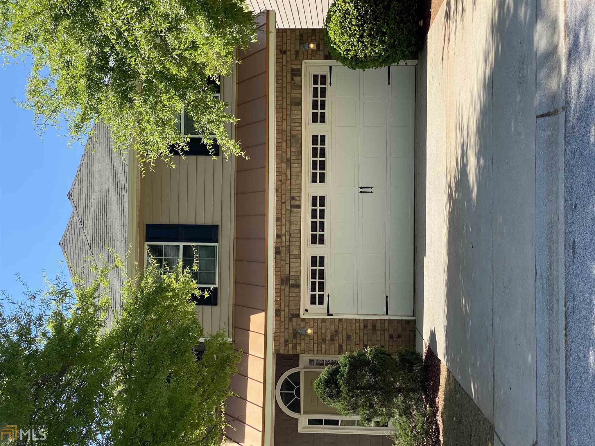 355 Clover Brook, Locust Grove, Georgia 30248, 3 Bedrooms Bedrooms, ,3 BathroomsBathrooms,Single Family,For Sale,355 Clover Brook,2,8964345