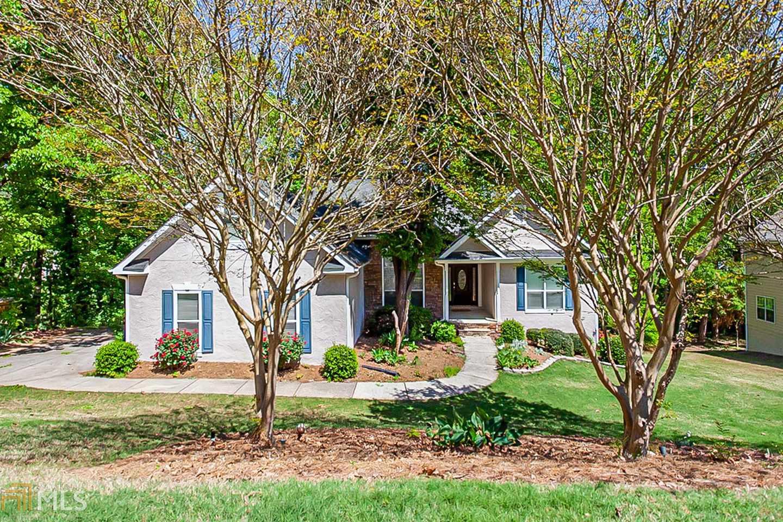 108 Overlook Hts, Stockbridge, Georgia 30281, 4 Bedrooms Bedrooms, ,2 BathroomsBathrooms,Single Family,For Sale,108 Overlook Hts,2,8965427