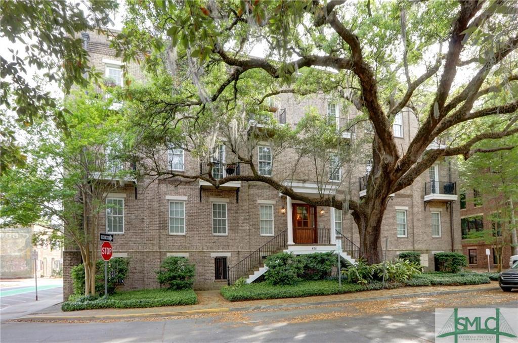 425 E Mcdonough Street, Savannah, Georgia 31401, 2 Bedrooms Bedrooms, ,2 BathroomsBathrooms,Condominium,For Sale,425 E Mcdonough Street,246287