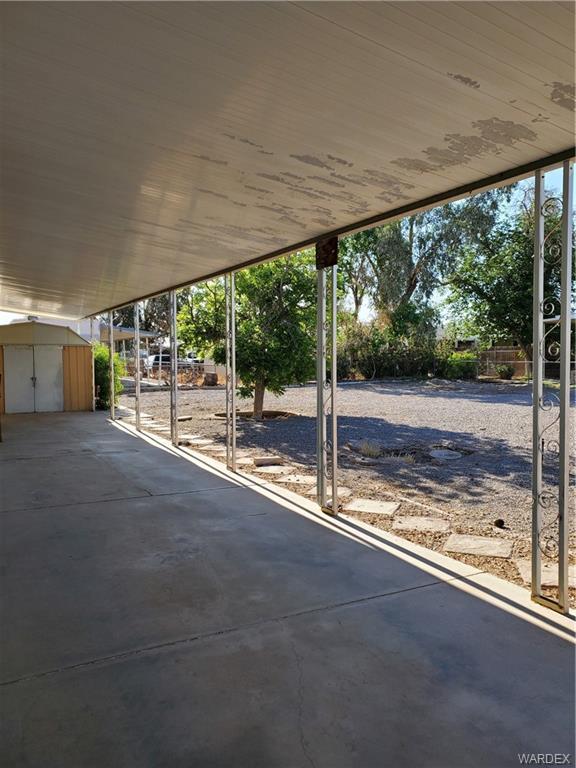 8050 S Smoketree Lane, Mohave Valley, Arizona 86440, 2 Bedrooms Bedrooms, ,2 BathroomsBathrooms,Residential,For Sale,8050 S Smoketree Lane,980597