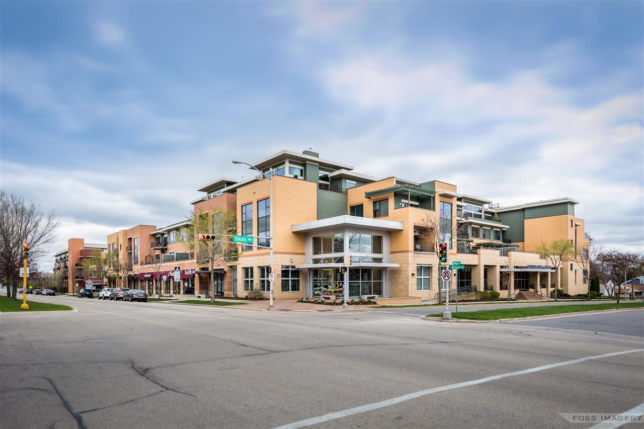 555 S Midvale Blvd, MADISON, Wisconsin 53711, 2 Bedrooms Bedrooms, ,2 BathroomsBathrooms,Condominium,For Sale,555 S Midvale Blvd,1907001