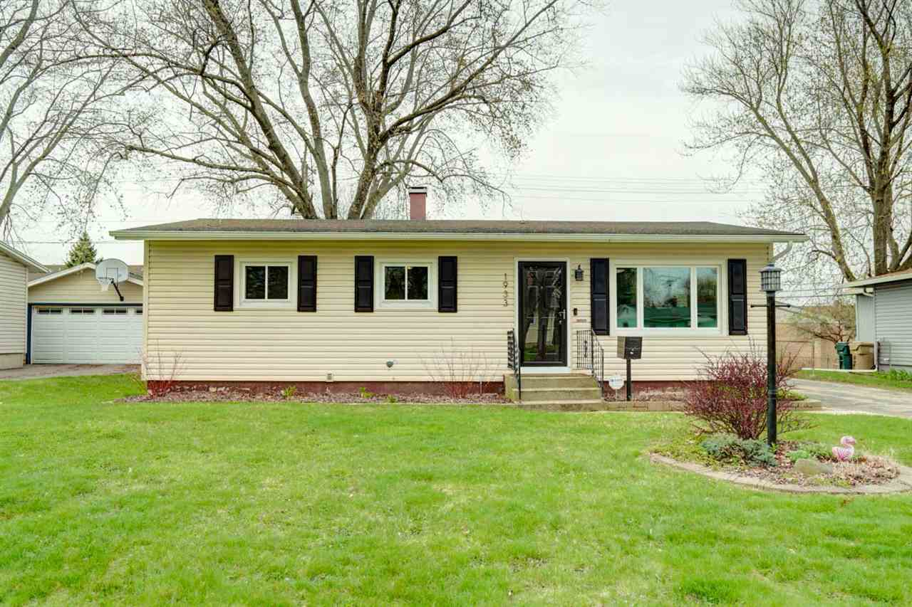 1933 Browning Rd, MADISON, Wisconsin 53704-3003, 3 Bedrooms Bedrooms, ,1 BathroomBathrooms,Single Family,For Sale,1933 Browning Rd,1,1906016