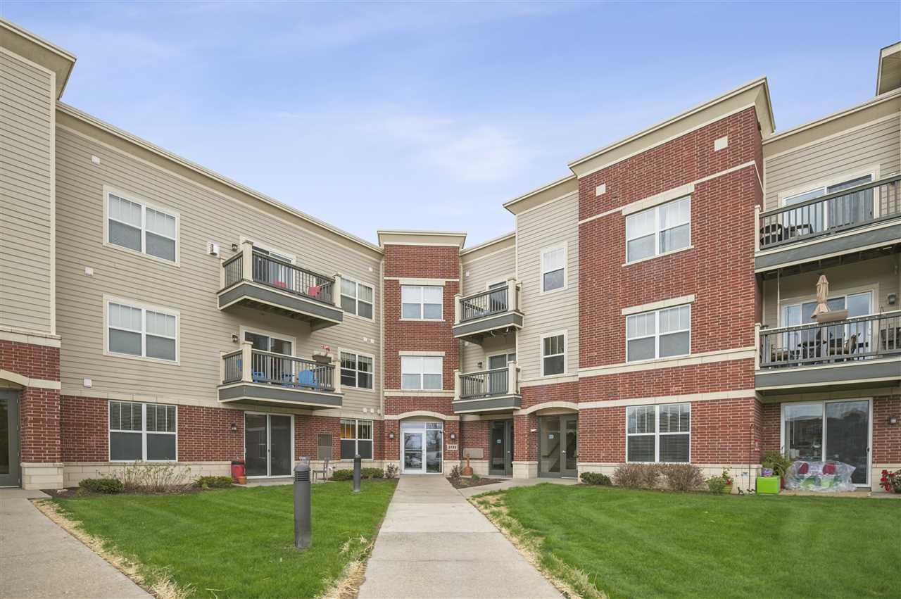 5198 Sassafras Dr, MADISON, Wisconsin 53711, 2 Bedrooms Bedrooms, ,2 BathroomsBathrooms,Condominium,For Sale,5198 Sassafras Dr,1907142