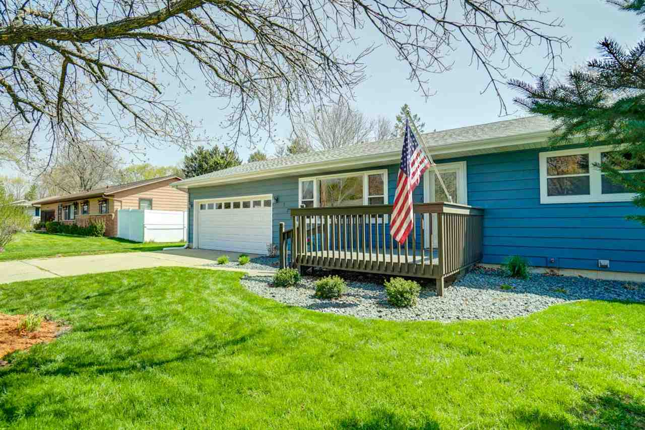 175 Amber Tr, Sun Prairie, Wisconsin 53590, 3 Bedrooms Bedrooms, ,2 BathroomsBathrooms,Single Family,For Sale,175 Amber Tr,1,1907231