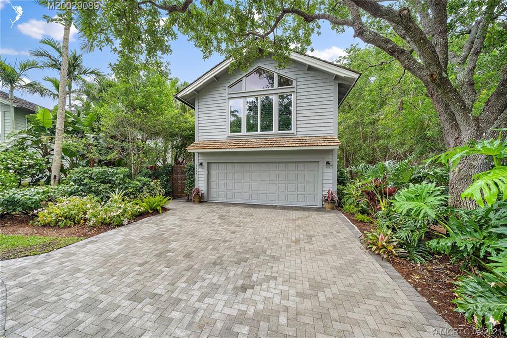 7585 SE Jamaican Ct, Hobe Sound, Florida 33455, 3 Bedrooms Bedrooms, ,4 BathroomsBathrooms,Single Family,For Sale,7585 SE Jamaican Ct,2,M20029089