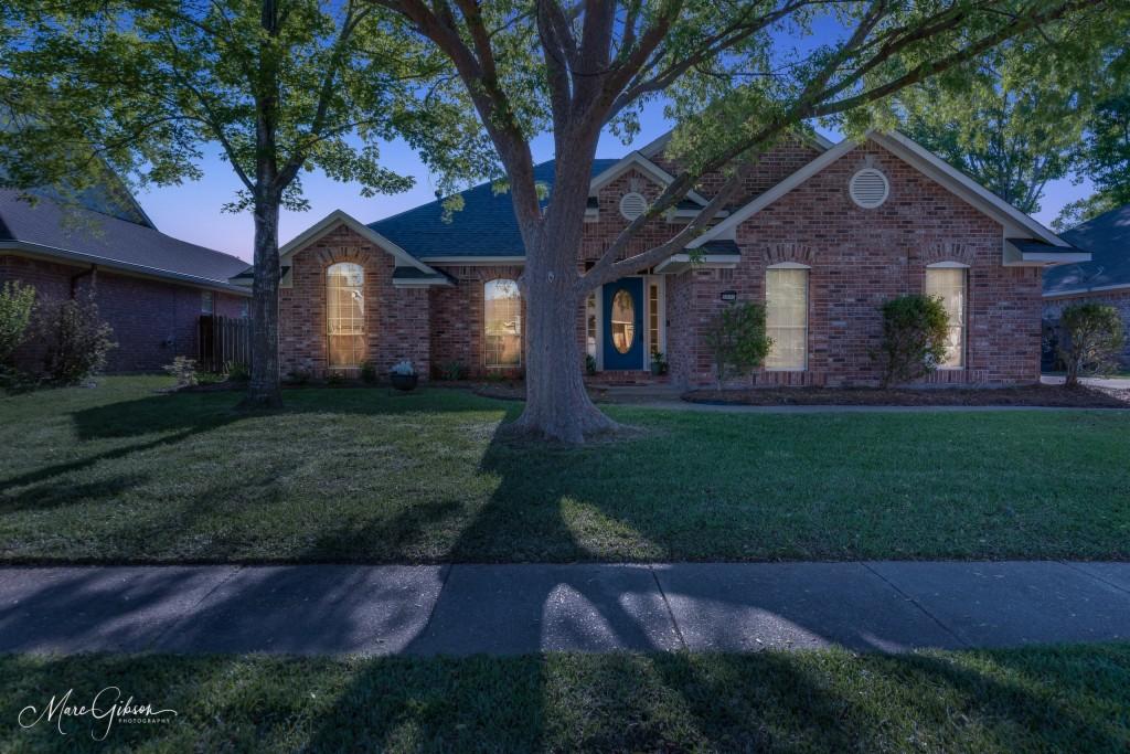 5003 Oak Alley Circle, Bossier City, Louisiana 71112, 4 Bedrooms Bedrooms, ,2 BathroomsBathrooms,Single Family,For Sale,5003 Oak Alley Circle,1,14561124